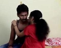 Desi mallu aunty making out with boyfriend-xdesitubes.com