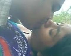 Desi alfresco sex in the fling of jungle