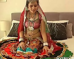 Gujarati Indian College Pamper Jasmine Mathur Garba Dance