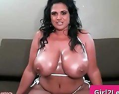 Order about indian mummy shows her subhuman boobs - Kailani Kai