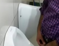 indian in France Maquis station public toilet pissing spy video.MP4