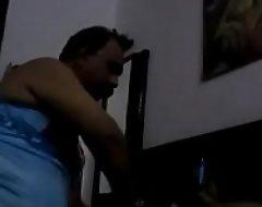 Indian daddy having enjoyment far hijda