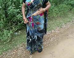 Overcharging Not fit as a fiddle Randi Aunty Ko Pataya Room Not fit as a fiddle Lakar Chudayi Ki