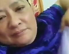 Assamese Aunty Way Grown up Hairy Pussy