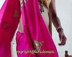 Indian crossdresser Lara D'Souza sexy photograph in saree
