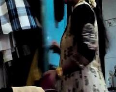 Desi Randi Bhabhi Changing Dress