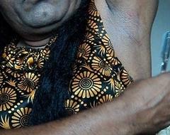 Indian sweeping fall asleep armpits hair by straight razor..AVI