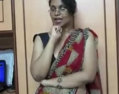 Horny lily giving indian porn lesson to juvenile students