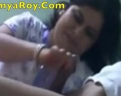 Of age Kolkata Escort Lady Loves To Jerk off and Suck Dick - SoumyaRoy.Com
