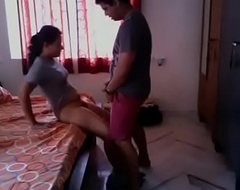 New indian colege girl mms trickled www.newdesivideo.com
