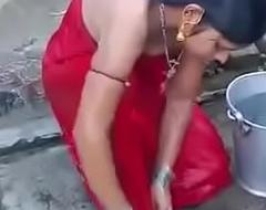 Desi village girl Hot video 2017