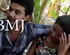 desimasala.co - Magnificent young girls multiple kissing in outdoor song