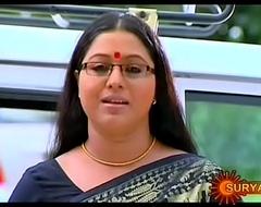Mallu Semi-monthly Actress Lakshmi Priya Navel Through Saree
