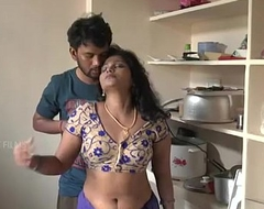 Indian mother increased by sprog romance in kitchen