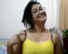 Indian hot aunty showing confidential and boob press to swain