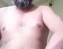 Desi muslim daddy on livecam