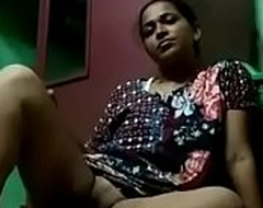 desi bhabhi masturbating opening the brush hooves in kitchen