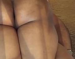 आंटी की मोटी गांड में लंड जबरन घुसा